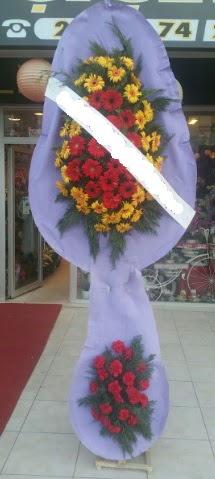Çift katlı nikah düğüne çiçek modeli  Mersin çiçek gönderme sitemiz güvenlidir