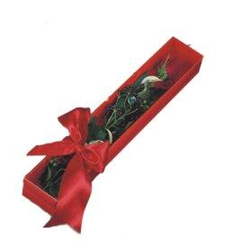 Mersin çiçek siparişi sitesi  tek kutu gül sade ve sik