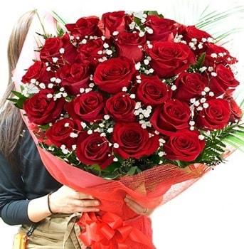 Kız isteme çiçeği buketi 33 adet kırmızı gül  Mersin 14 şubat sevgililer günü çiçek