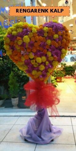 Ankara mevsim çiçeklerinden kalp perförje  Mersin çiçek online çiçek siparişi