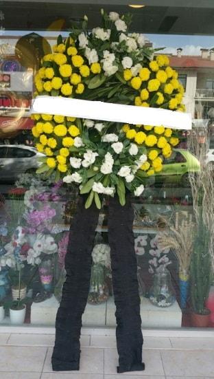 Cenaze çiçek modeli cenaze çiçeği  Mersin çiçek online çiçek siparişi