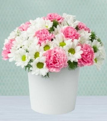 Seramik vazoda papatya ve kır çiçekleri  Mersin online çiçekçi , çiçek siparişi