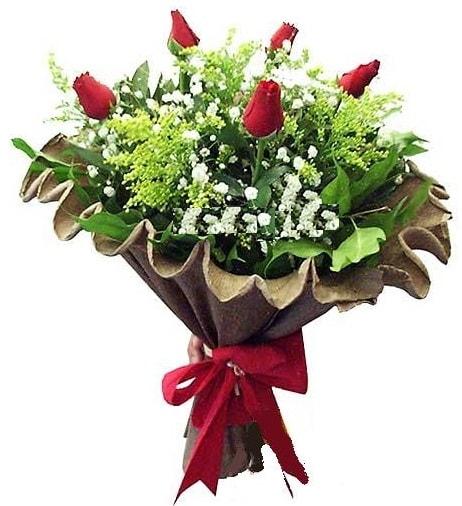 5 adet gülden buket  Mersin 14 şubat sevgililer günü çiçek