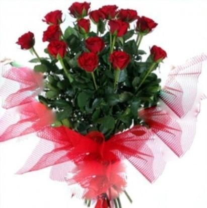 15 adet kırmızı gül buketi  Mersin çiçekçi telefonları