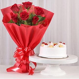 6 Kırmızı gül ve 4 kişilik yaş pasta  Mersin çiçek mağazası , çiçekçi adresleri